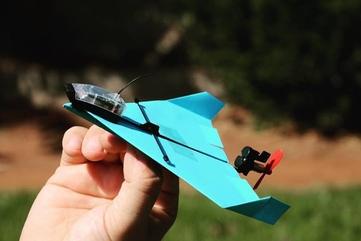 Phone+Control+Paper+Airplane