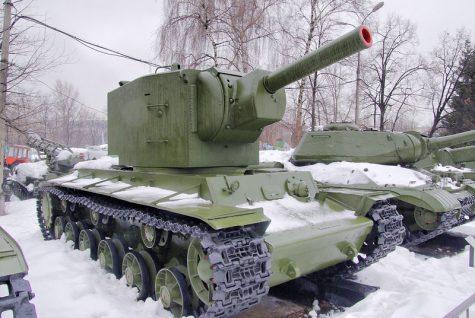 """Heavy Soviet Tank KV-2. Советский тяжелый танк КВ-2."" by Peer.Gynt is licensed under CC BY-NC-SA 2.0"