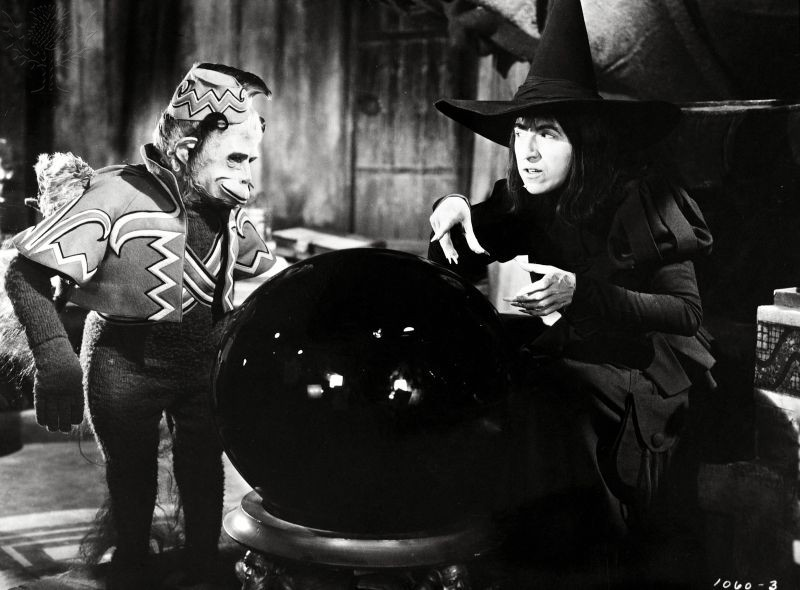 WIZARD OF OZ, THE (1939) - HAMILTON, MARGARET; WALSHE, PAT. Photography. Britannica ImageQuest, Encyclopædia Britannica, 25 May 2016. quest.eb.com/search/144_1534021/1/144_1534021/cite. Accessed 28 Oct 2020.