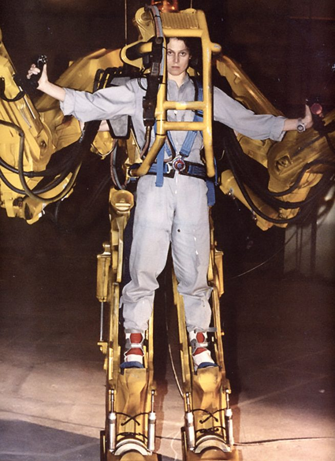 %22Sigourney+Weaver+in+the+full+size+power+loader+from+Aliens+%281986%29%22+by+gameraboy+is+licensed+under+CC+BY-NC+2.0