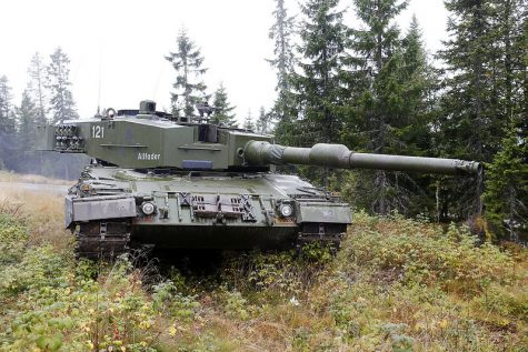 """Norwegian Leopard 2 A4 NO Tank"" by Metziker is licensed under CC BY-NC 2.0"