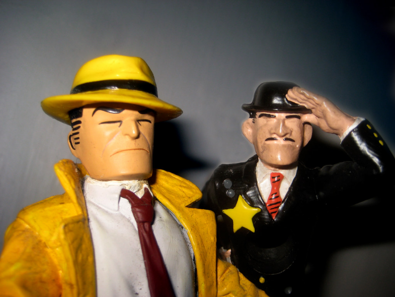 %22Police+Detective+Dick+Tracy+next+to+Fearless+Fosdick+0350%22+by+Brechtbug+is+licensed+under+CC+BY-NC-ND+2.0