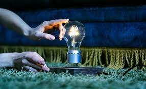 FLYTE Manhattan light bulb.